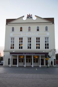 276 The Old Vic web