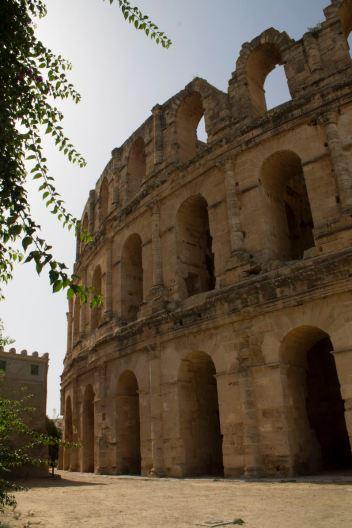 284 Roman amphitheatre in El Djem web